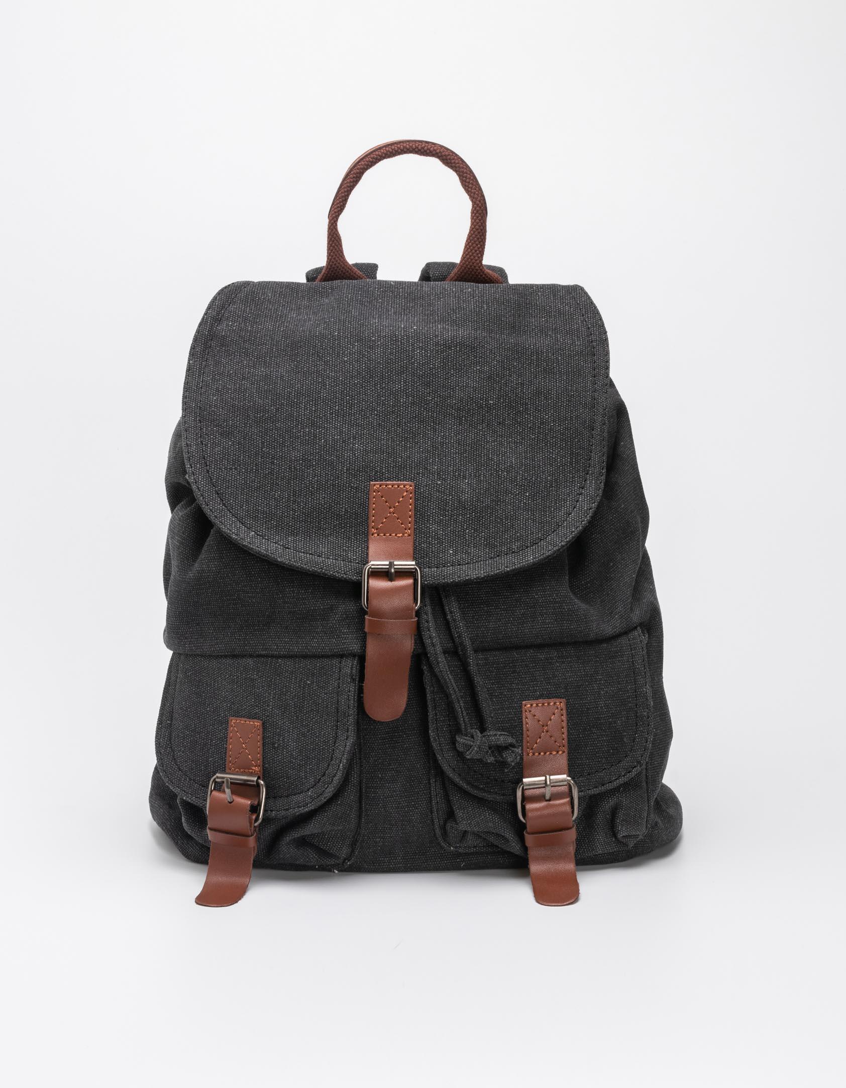 Backpack με δυο εξωτερικές θήκες - Μαύρο