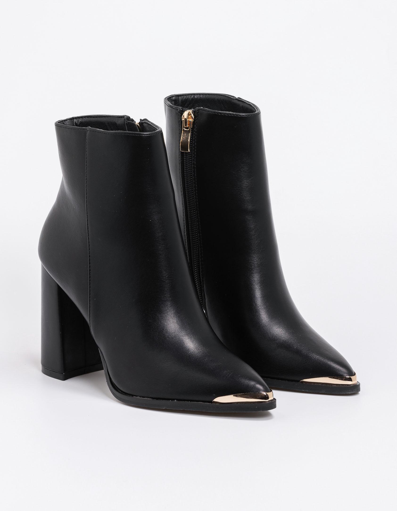 Μποτάκι με flare heel - Μαύρο