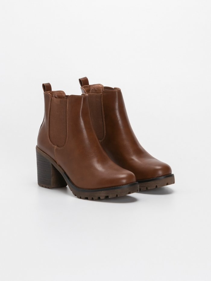 Ankle boots με λάστιχα