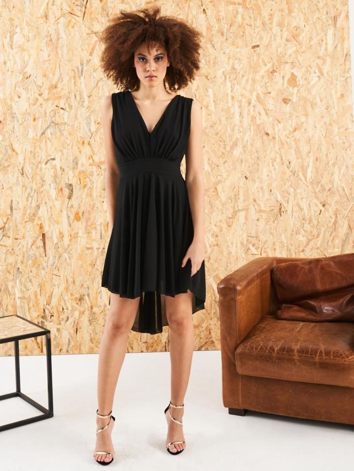 Ασύμμετρο φόρεμα εξώπλατο