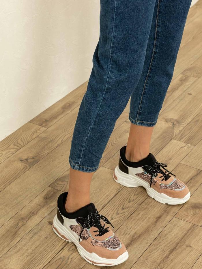 Chunky sneakers με snake skin λεπτομέρεια
