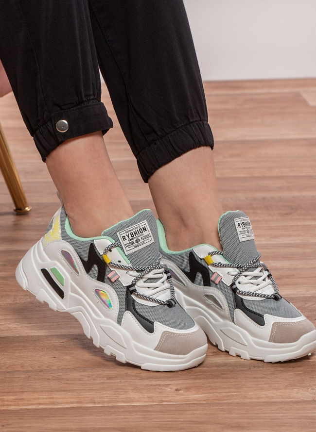 Chunky sneakers με συνδυασμό υλικών και χρωμάτων