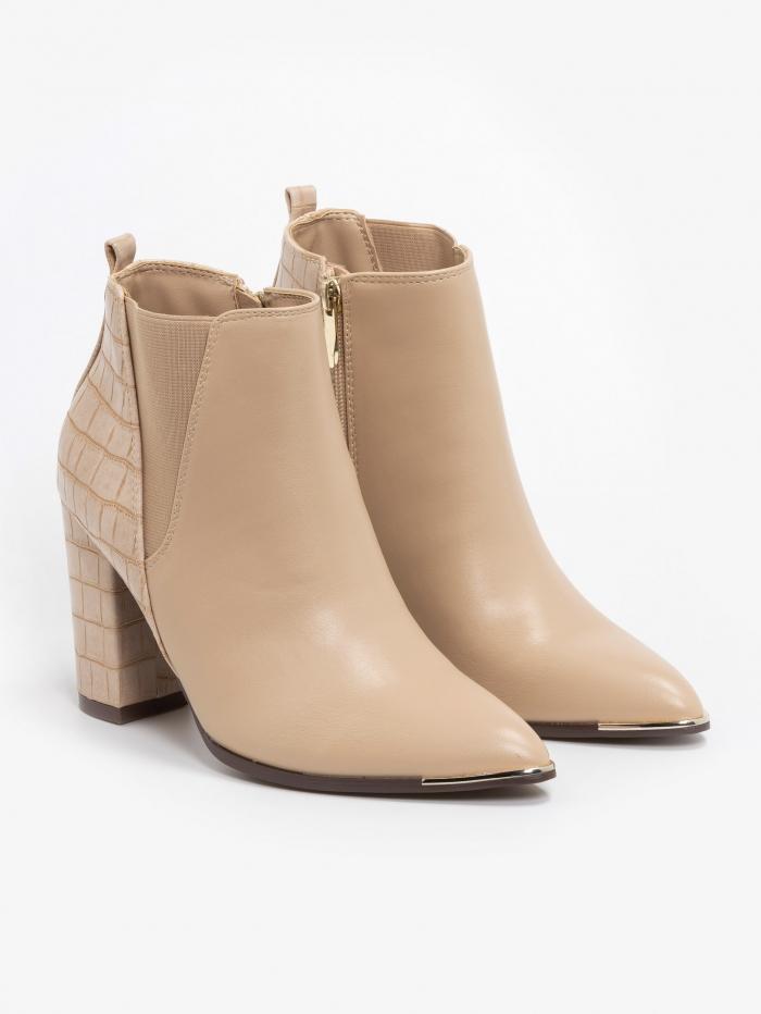 Combo chelsea boots με μεταλλικές λεπτομέρειες