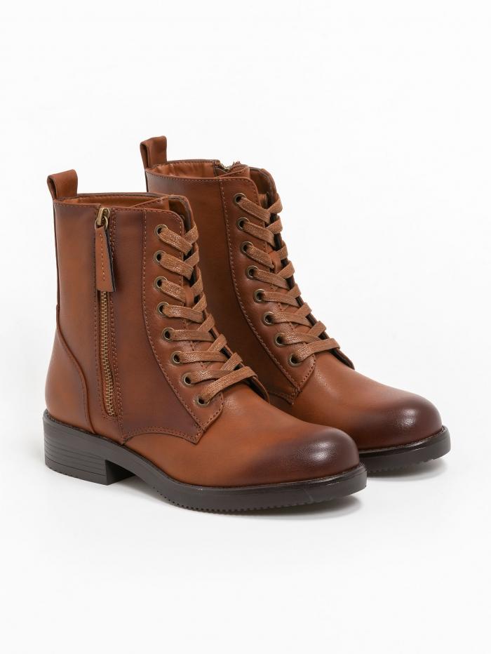 Comfort ankle boots με εξωτερικό zipper