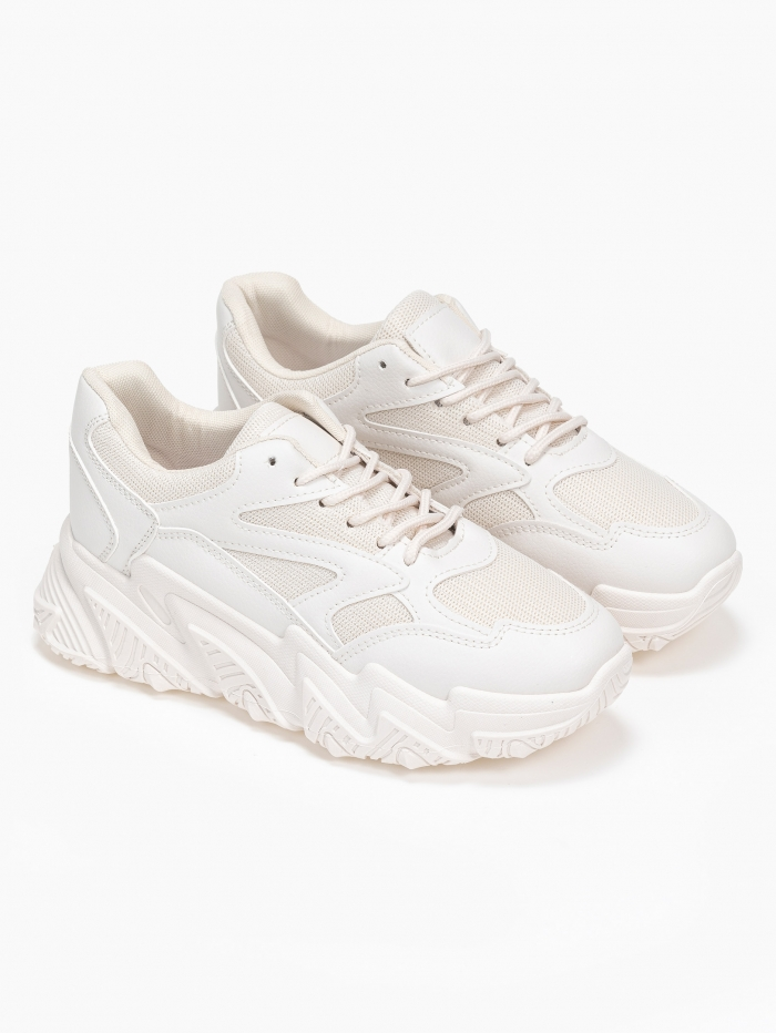 Chunky sneakers με ιδιαίτερη σόλα
