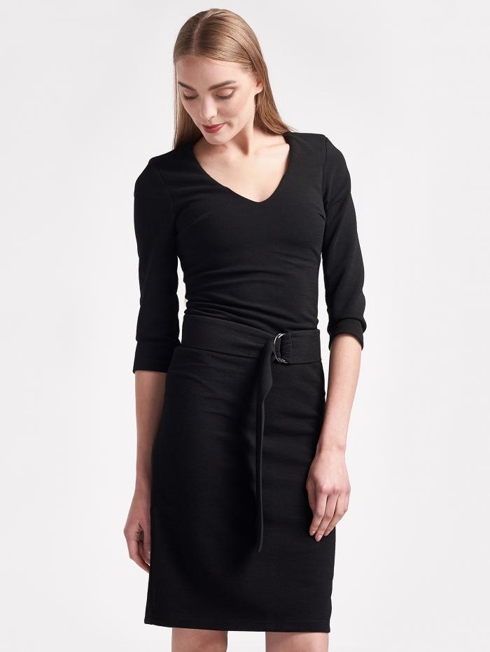 Εφαρμοστό φόρεμα με ζώνη