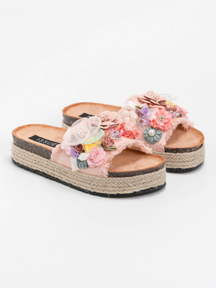 Flatforms με λουλούδια