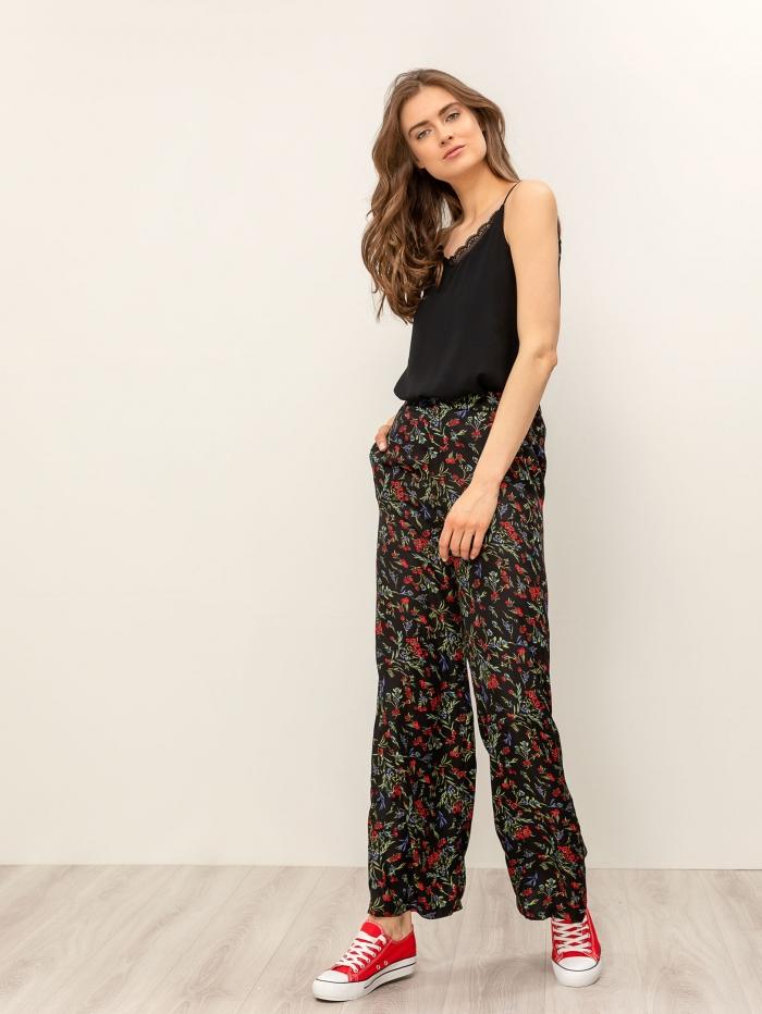 Φλοράλ παντελόνα με τσεπάκια