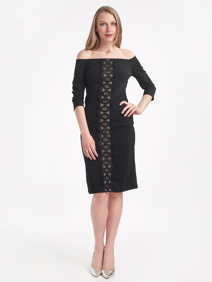 Φόρεμα με δαντέλα μπροστά