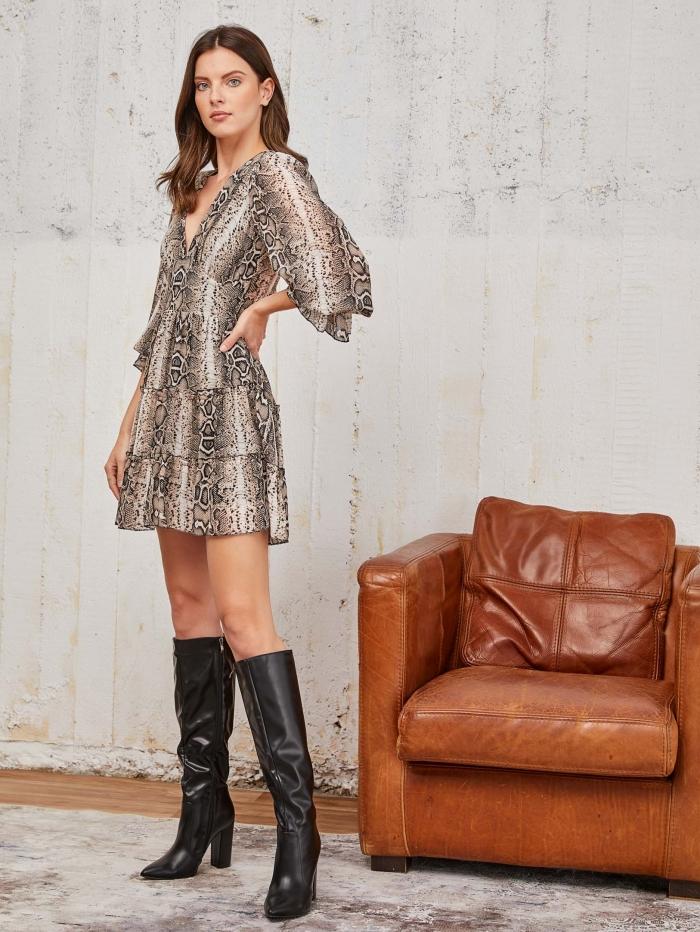 Φόρεμα με τύπωμα φίδι