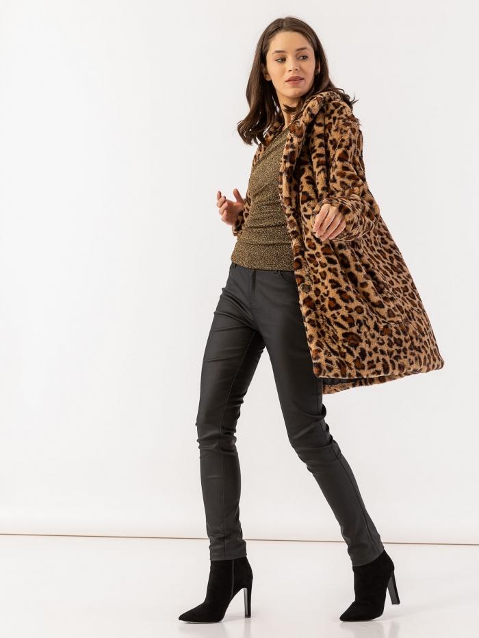 Γούνα με leopard τύπωμα