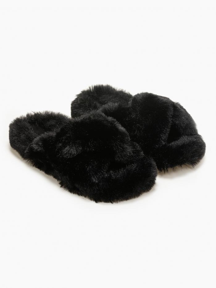Παντόφλες με γούνα και φάσες χιαστί
