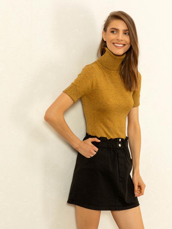 Κοντή φούστα με λάστιχο