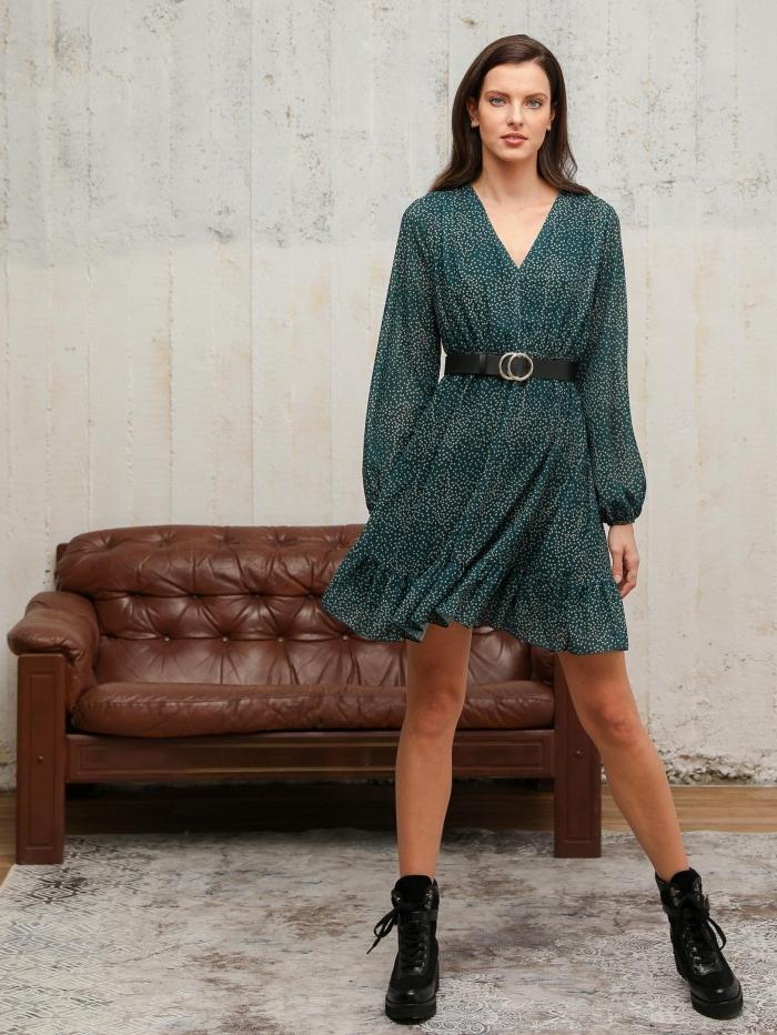 Κοντό εμπριμέ φόρεμα
