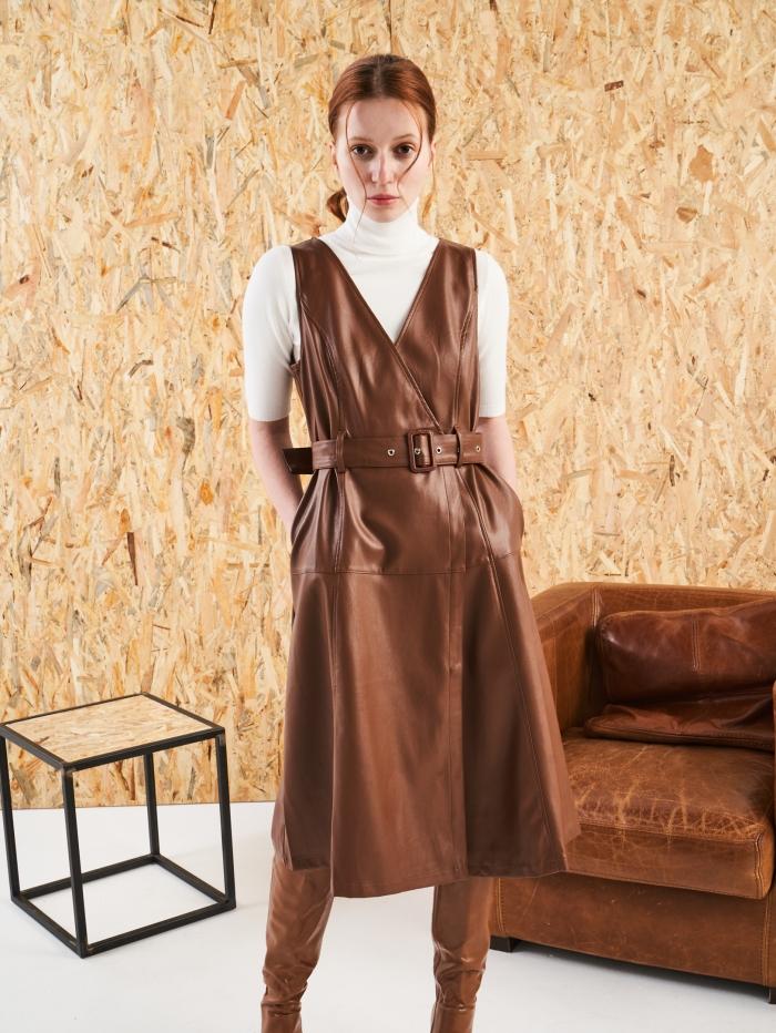 Κρουαζέ φόρεμα με δερμάτινη υφή