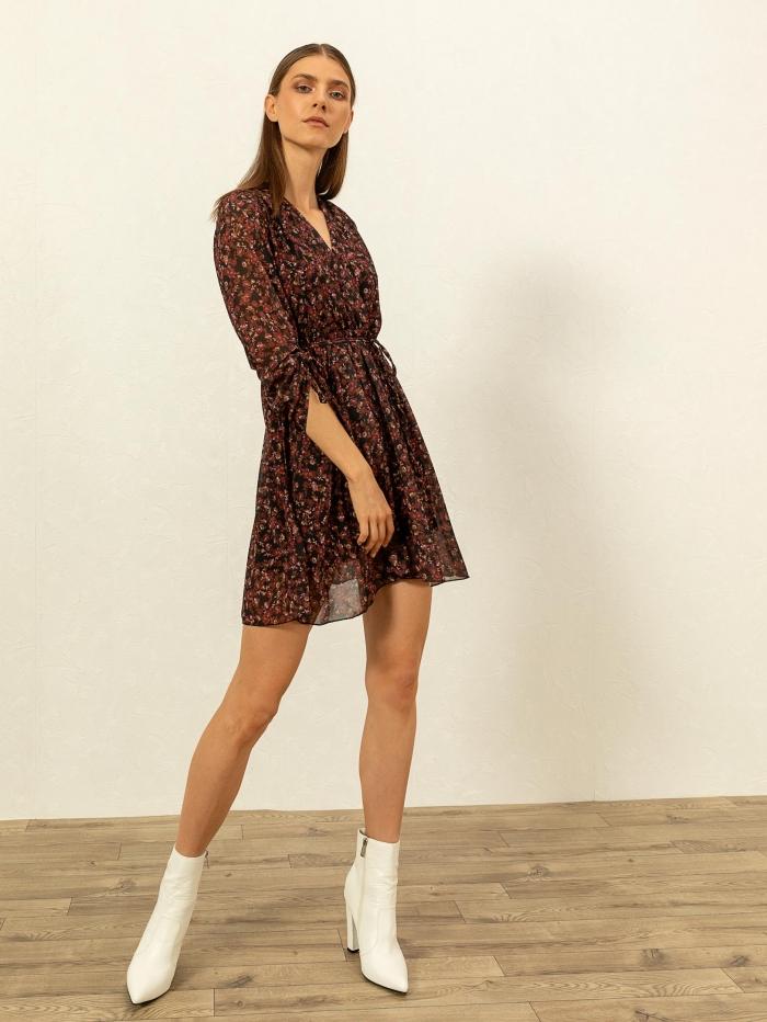 Κρουαζέ φόρεμα με λουλουδάτο σχέδιο