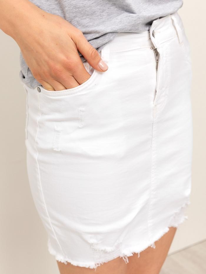 Λευκή φούστα με φθορές