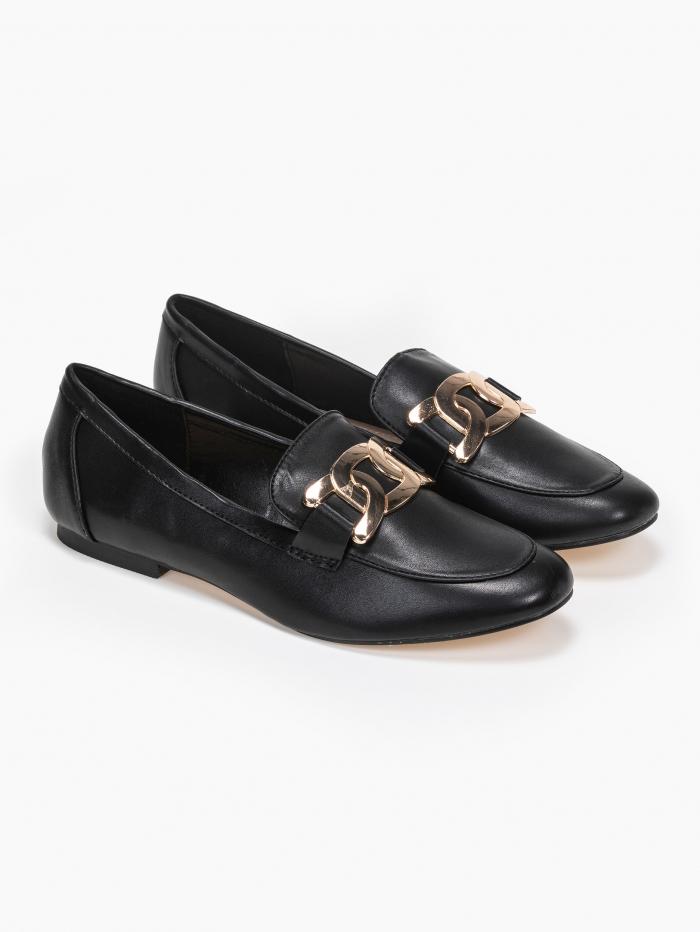 Loafers με μεταλλικό διακοσμητικό