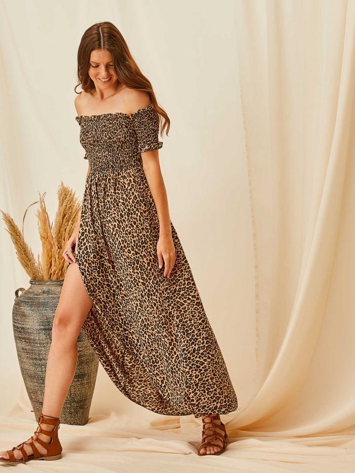 Μακρύ έξωμο φόρεμα