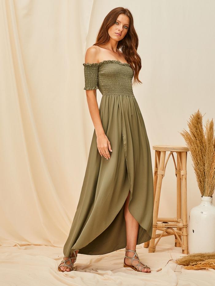Έξωμο φόρεμα με λάστιχο σφηκοφωλιά
