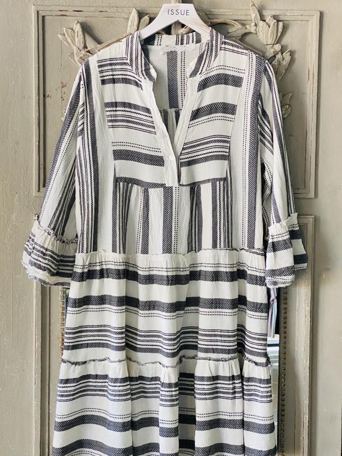 Midi φόρεμα έθνικ σε ριχτή γραμμή