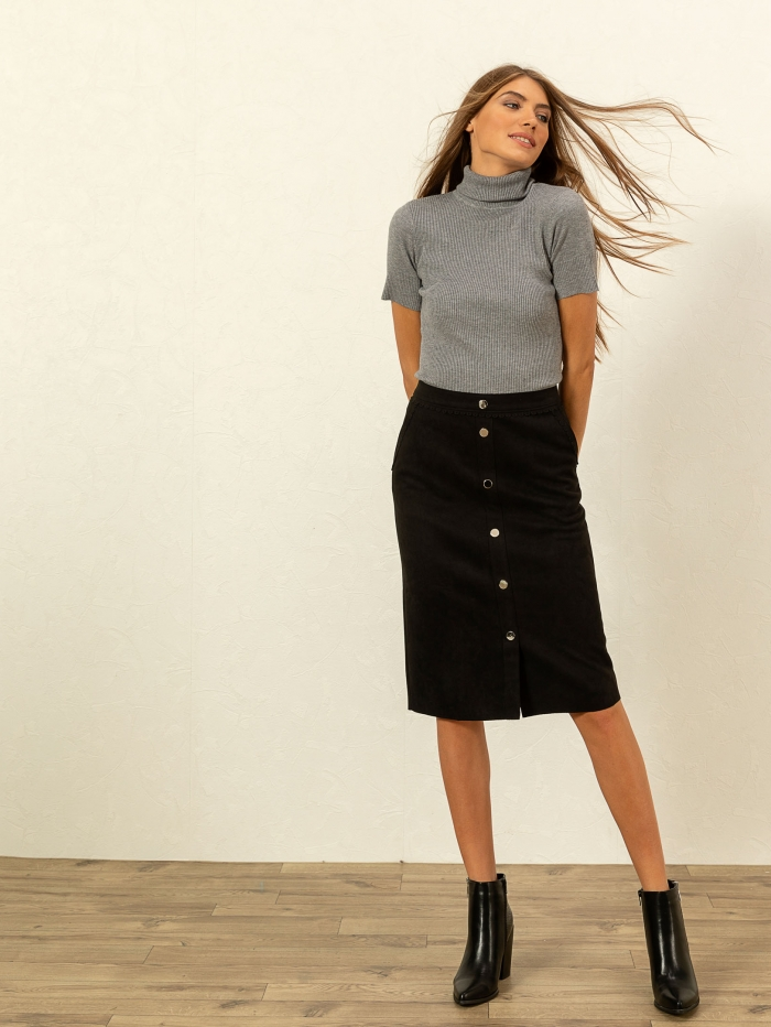Midi φούστα με υφή suede και διακοσμητικά κουμπιά