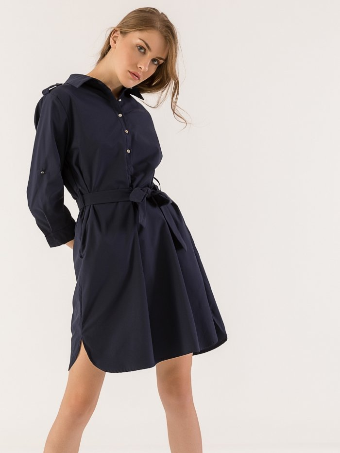 Midi ριχτό φόρεμα με ζώνη και κουμπιά