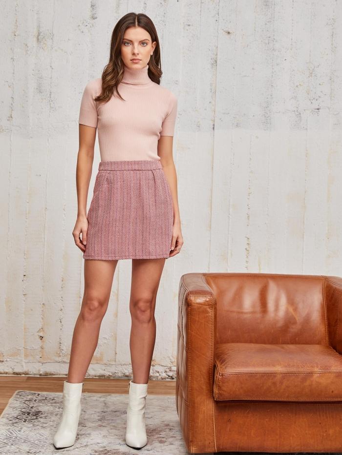 Mini φούστα με σχέδιο ψαροκόκαλο και τσεπάκια