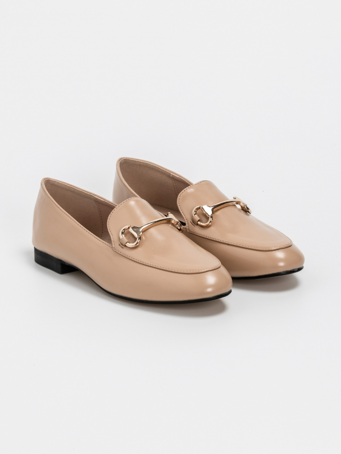 Loafers με μεταλλική λεπτομέρεια