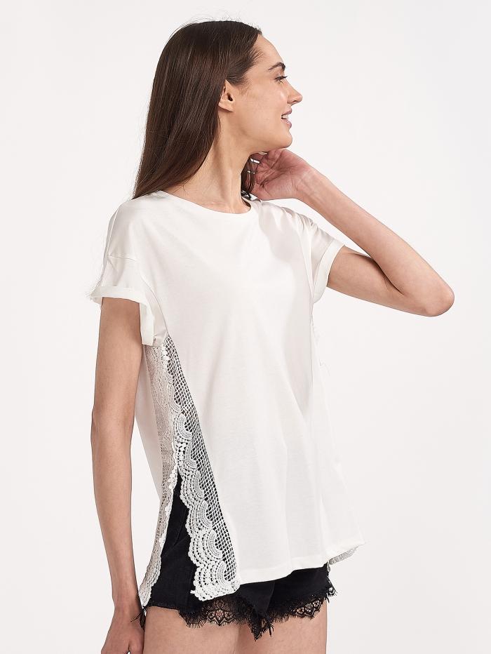 Μπλούζα με δαντέλα στο πλάι