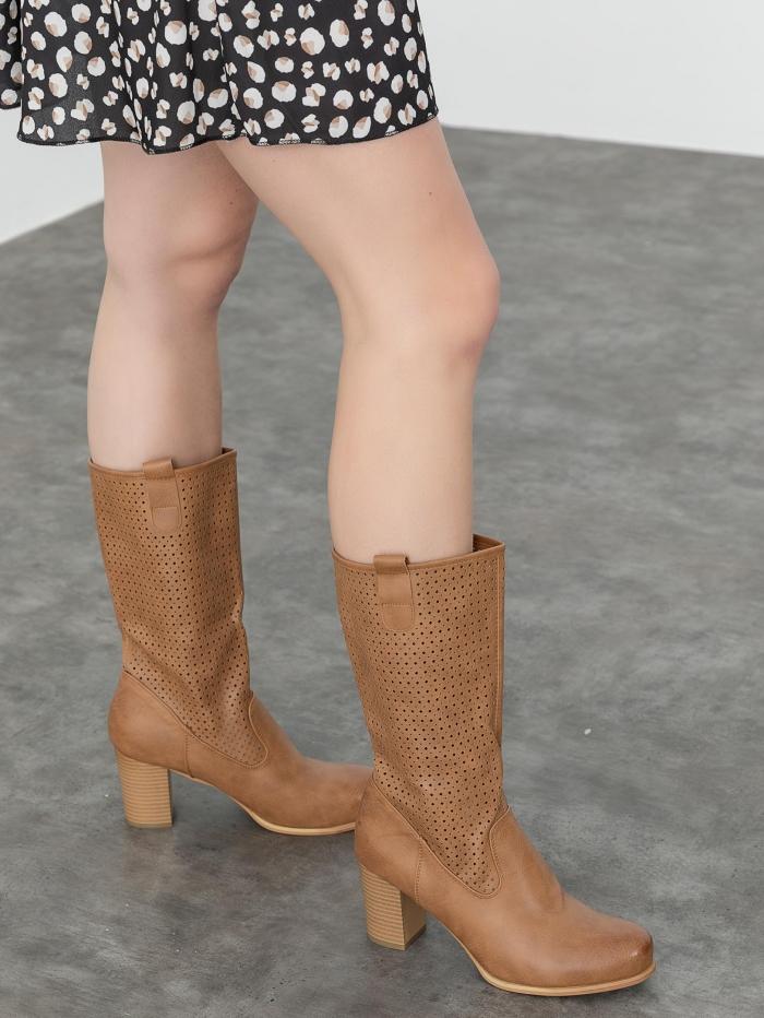 Μπότες με laser cut