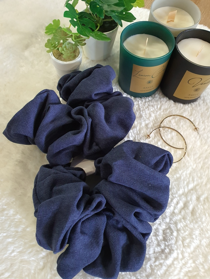 Oversized scrunchies