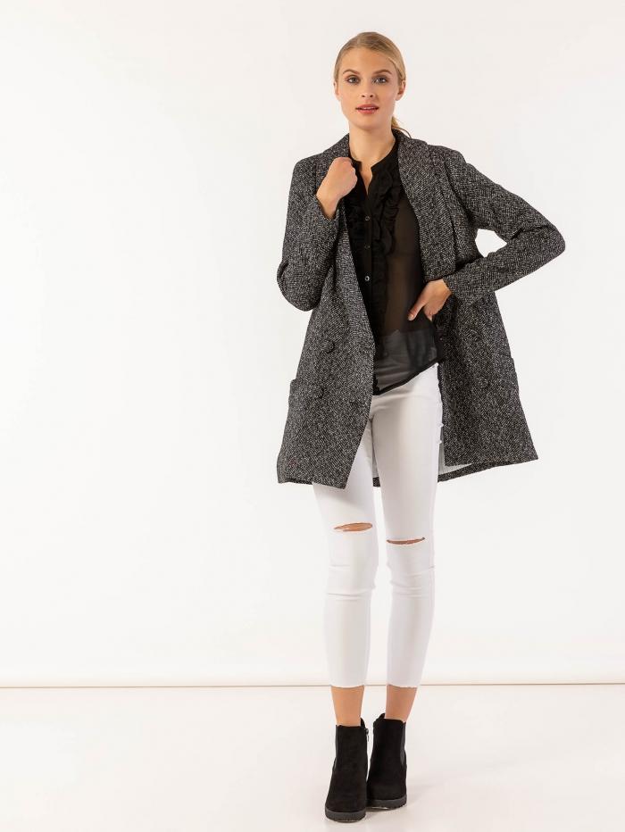 Παλτό με σταυρωτό κλείσιμο και πέτο σε στυλ σακάκι