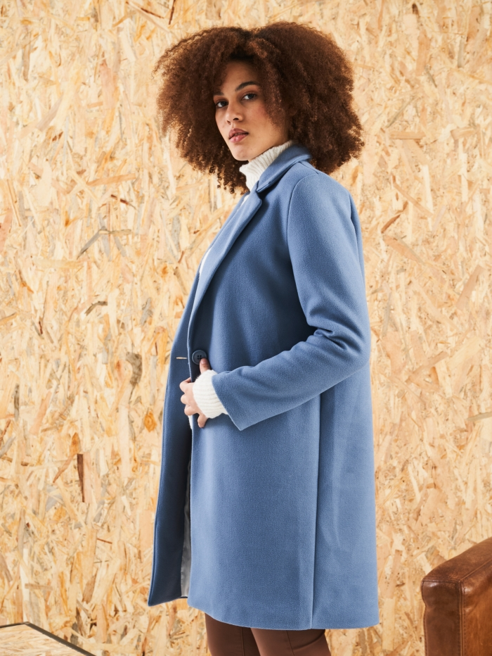 Παλτό σε ανδρικό κόψιμο