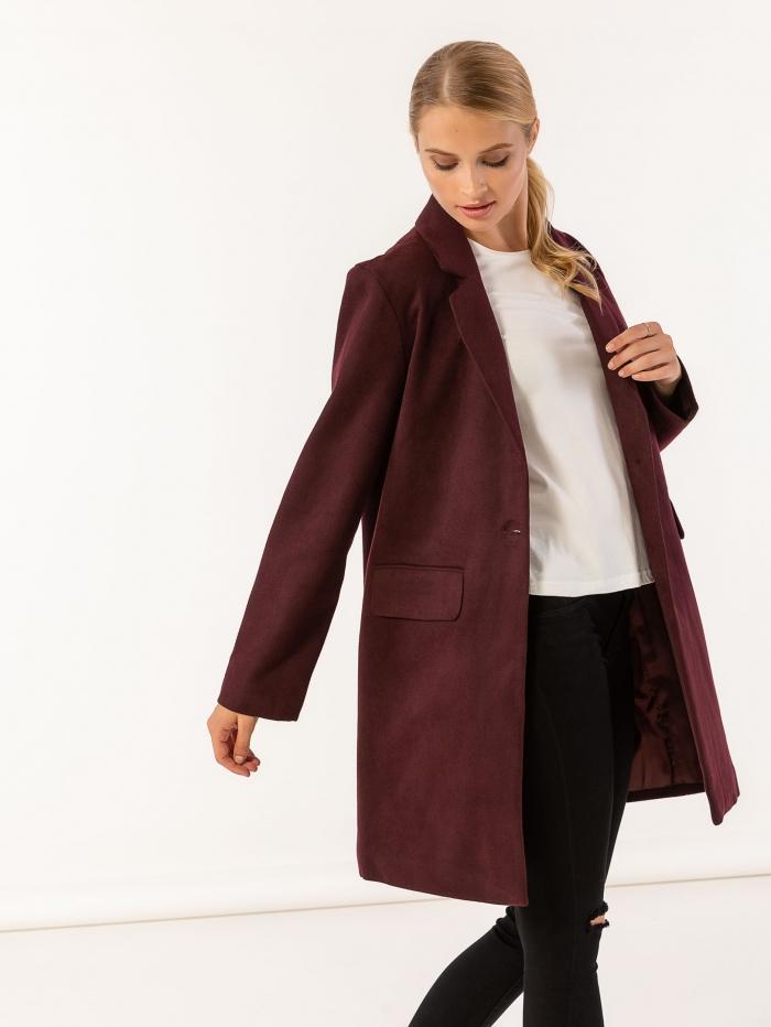 Παλτό σε ανδρικό στυλ