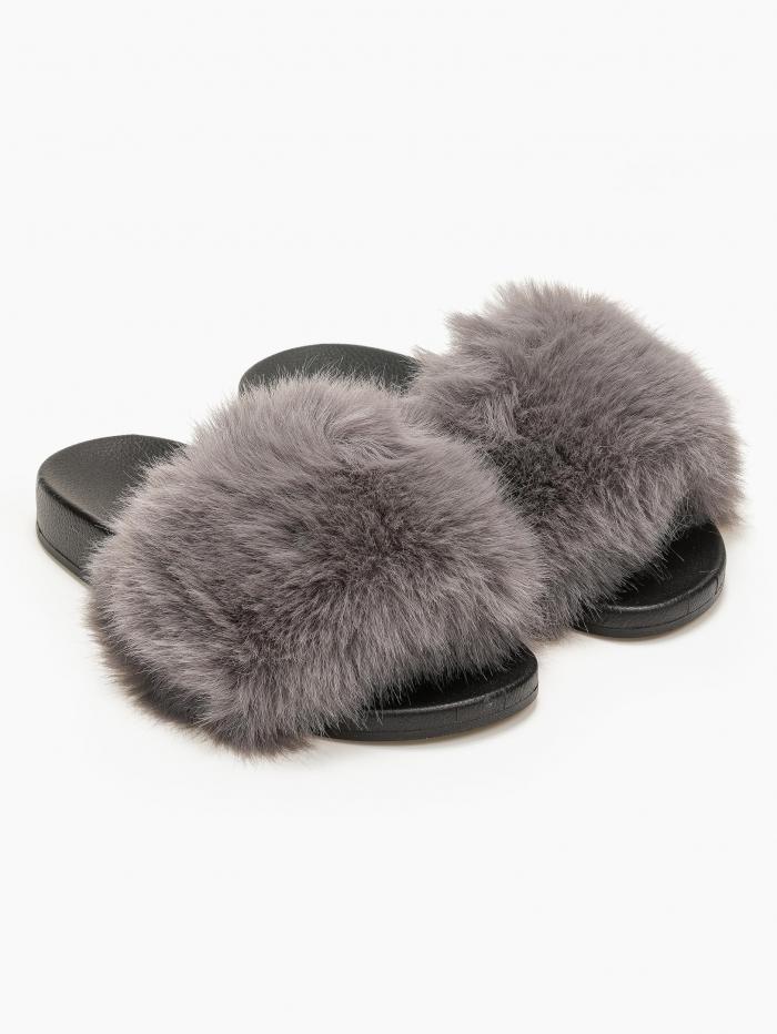 Παντόφλες με γούνα και λαστιχένια σόλα
