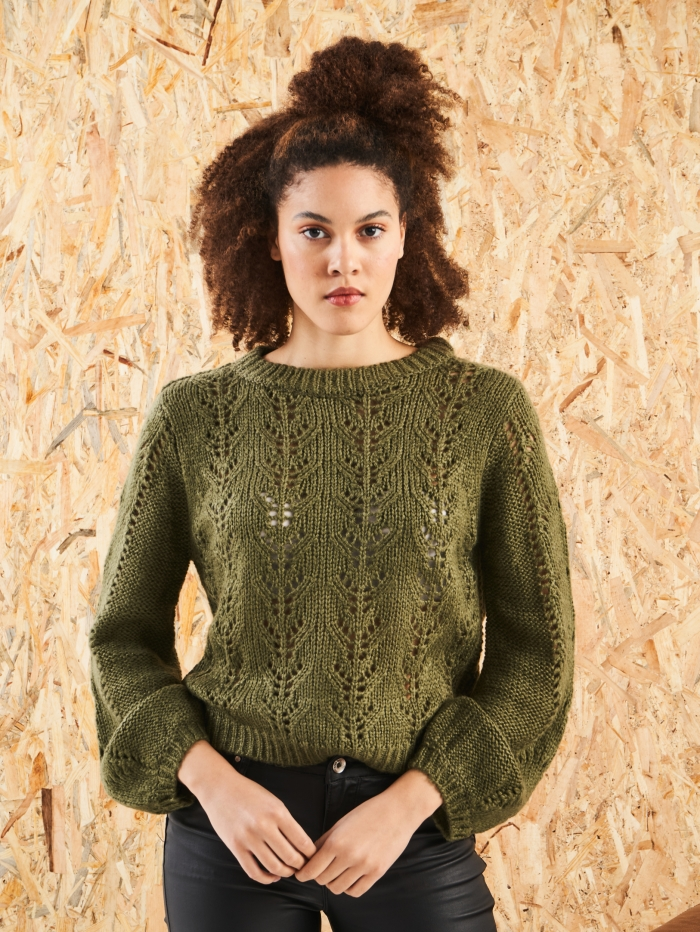 Πλεκτό πουλόβερ με σχέδιο μπροστά