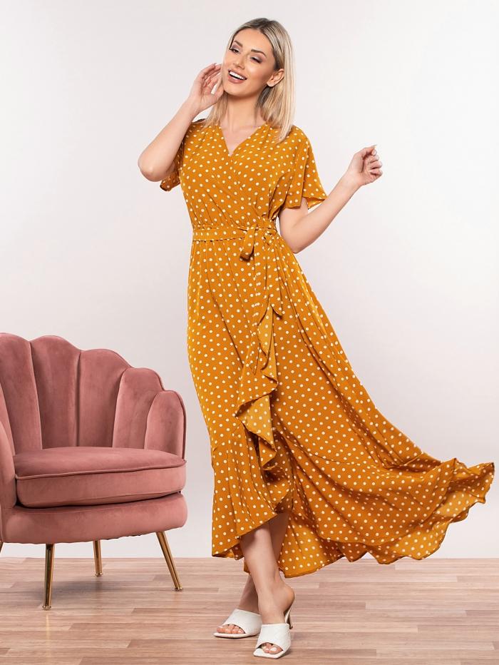 Πουά φόρεμα σε στυλ κρουαζέ