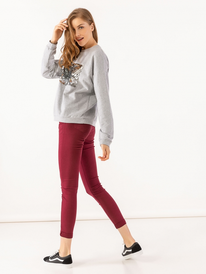 Ψηλόμεσο ελαστικό παντελόνι με skinny fit εφαρμογή