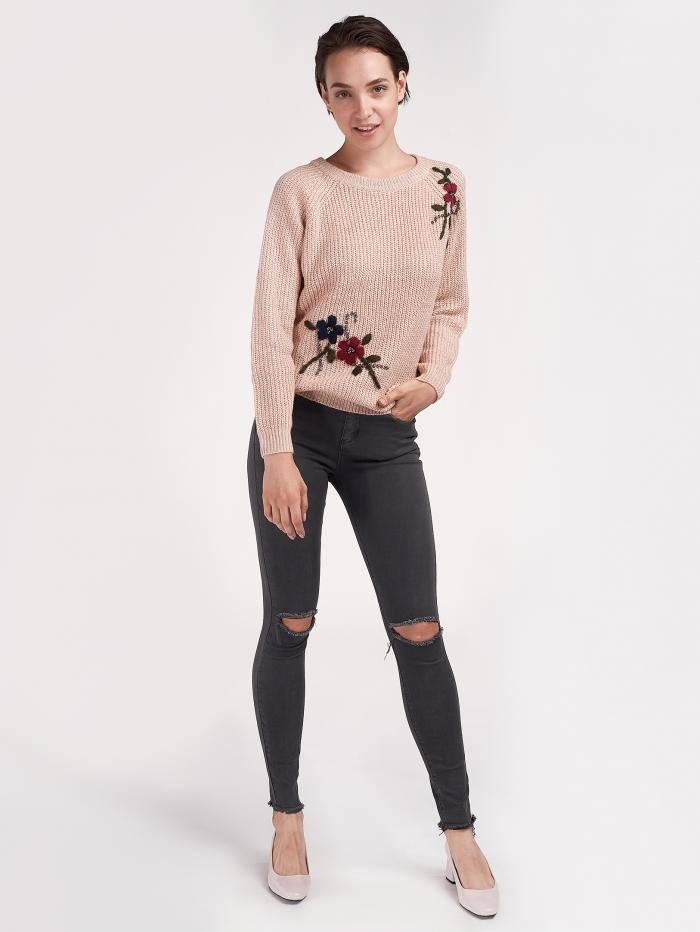 Ψηλόμεσο skinny παντελόνι με σκισίματα
