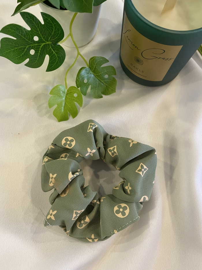 Scrunchies με σχέδιο τύπου Louis Vuitton