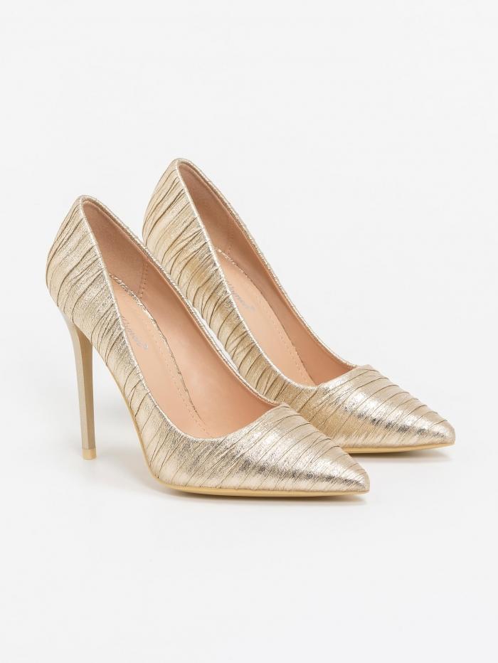 Shiny high heel  pumps