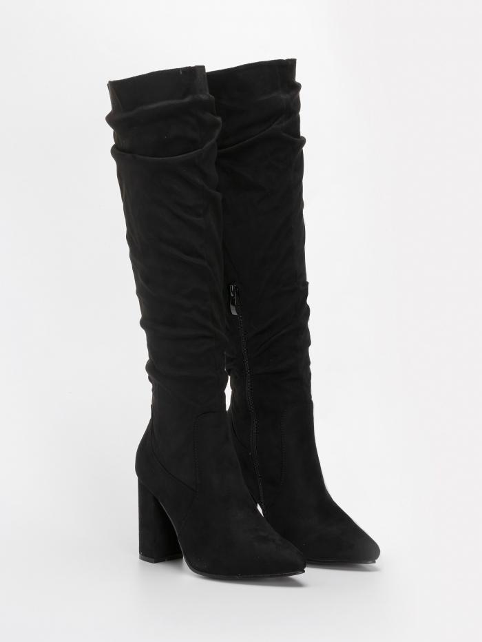 Slouchy μυτερές μπότες με χοντρό τακούνι