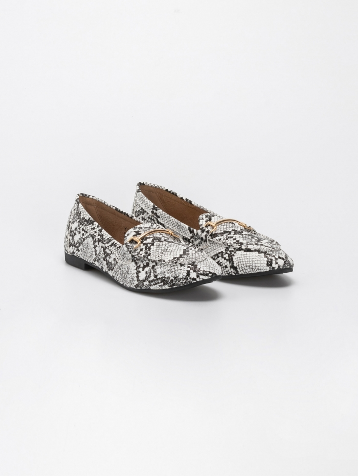 Snake skin loafers με αγκραφα