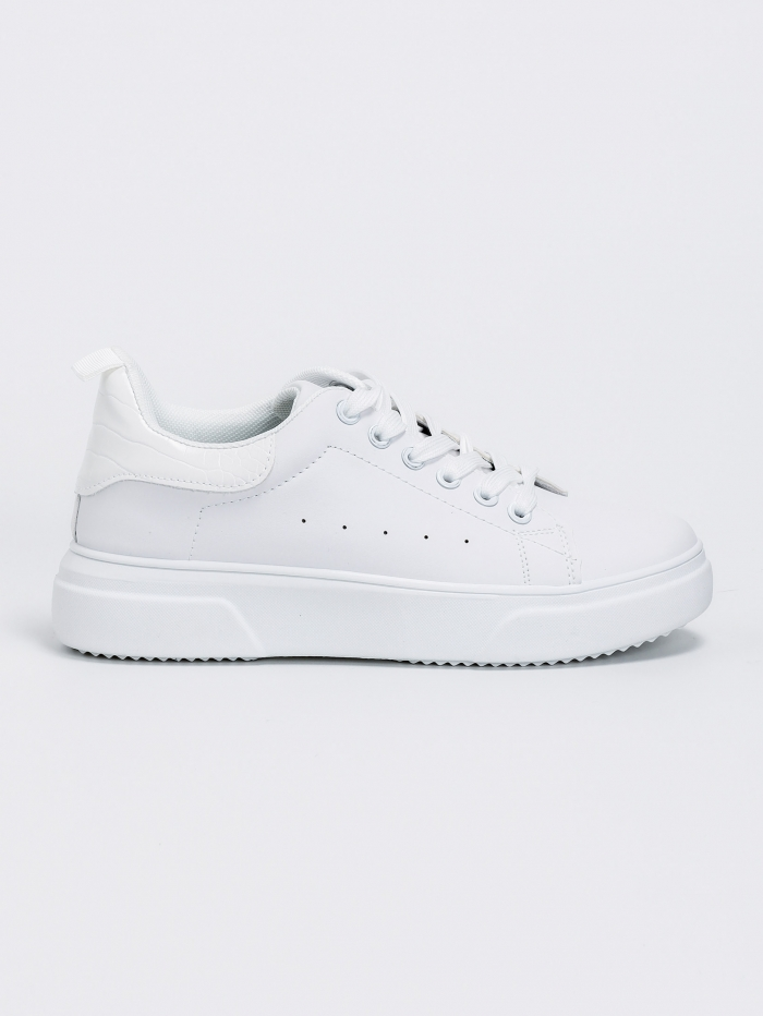 Sneakers με croco λεπτομέρεια