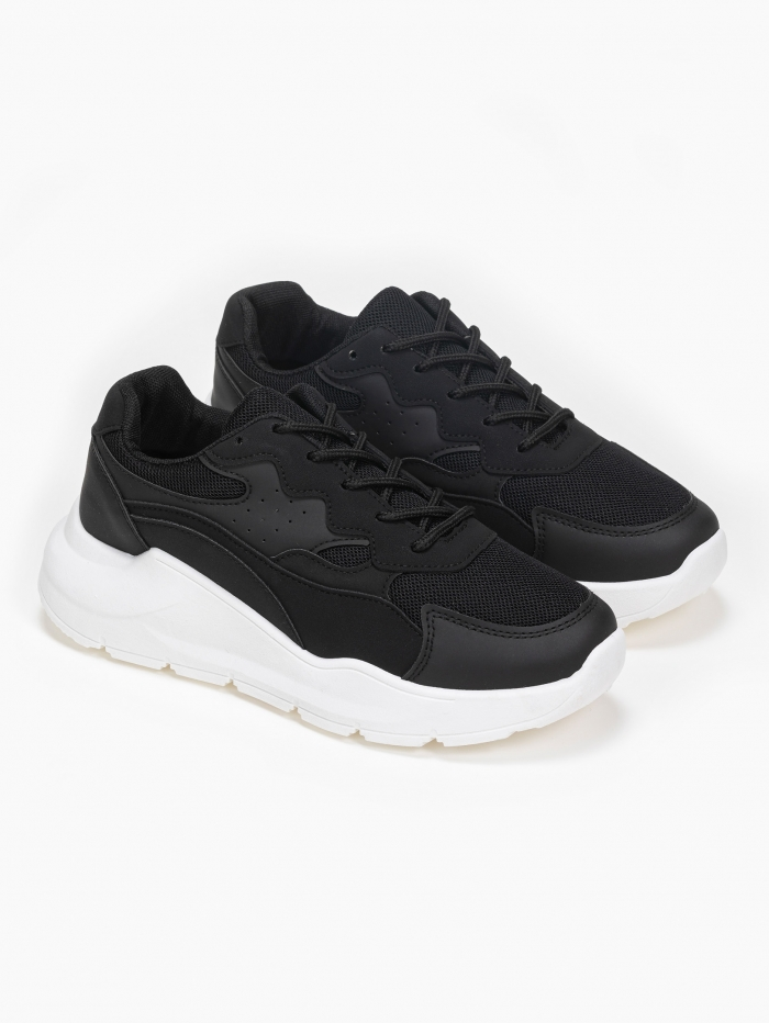 Sneakers με συνδυασμό και μαλακή σόλα