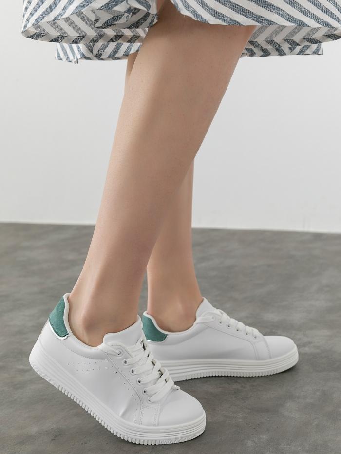Sneakers με συνδυασμό χρώματος