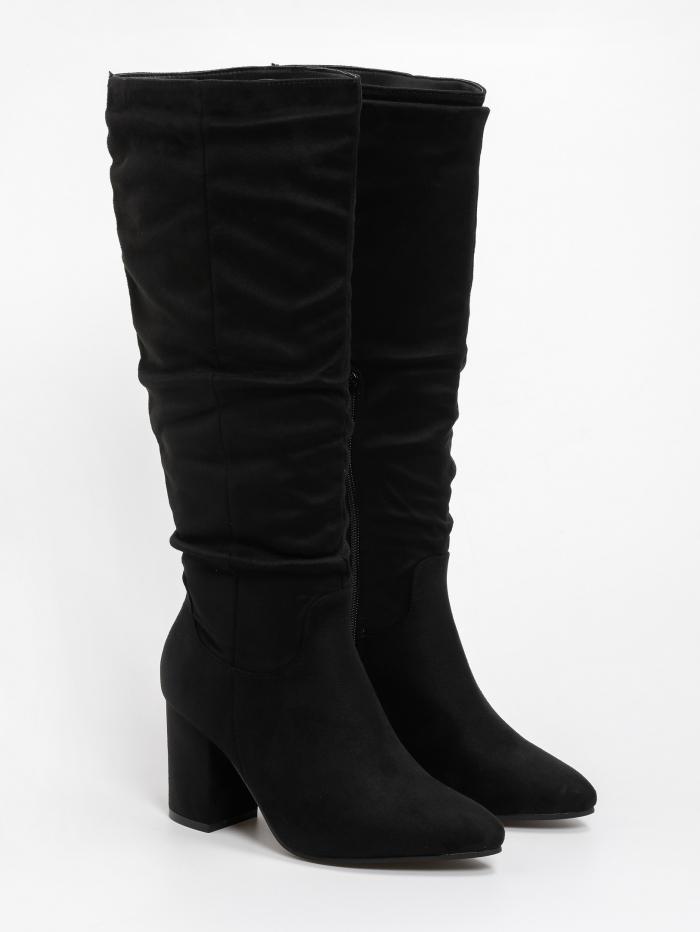 Suede μπότες με σούρες και χαμηλό τακούνι