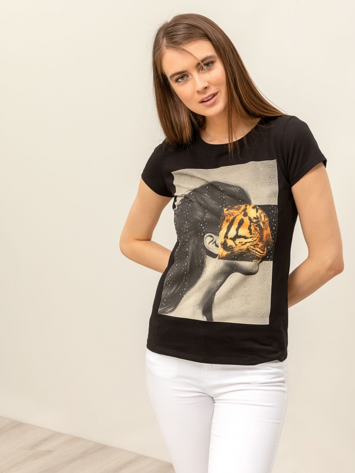 T-shirt με στάμπα και στρας