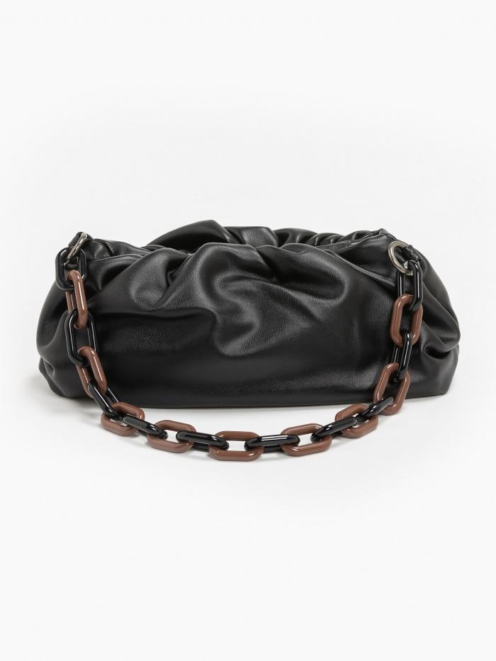 Τσάντα χειρός και clutch με σούρες